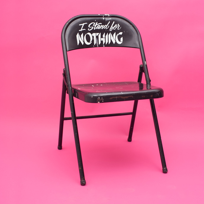 garbage_pink_chair