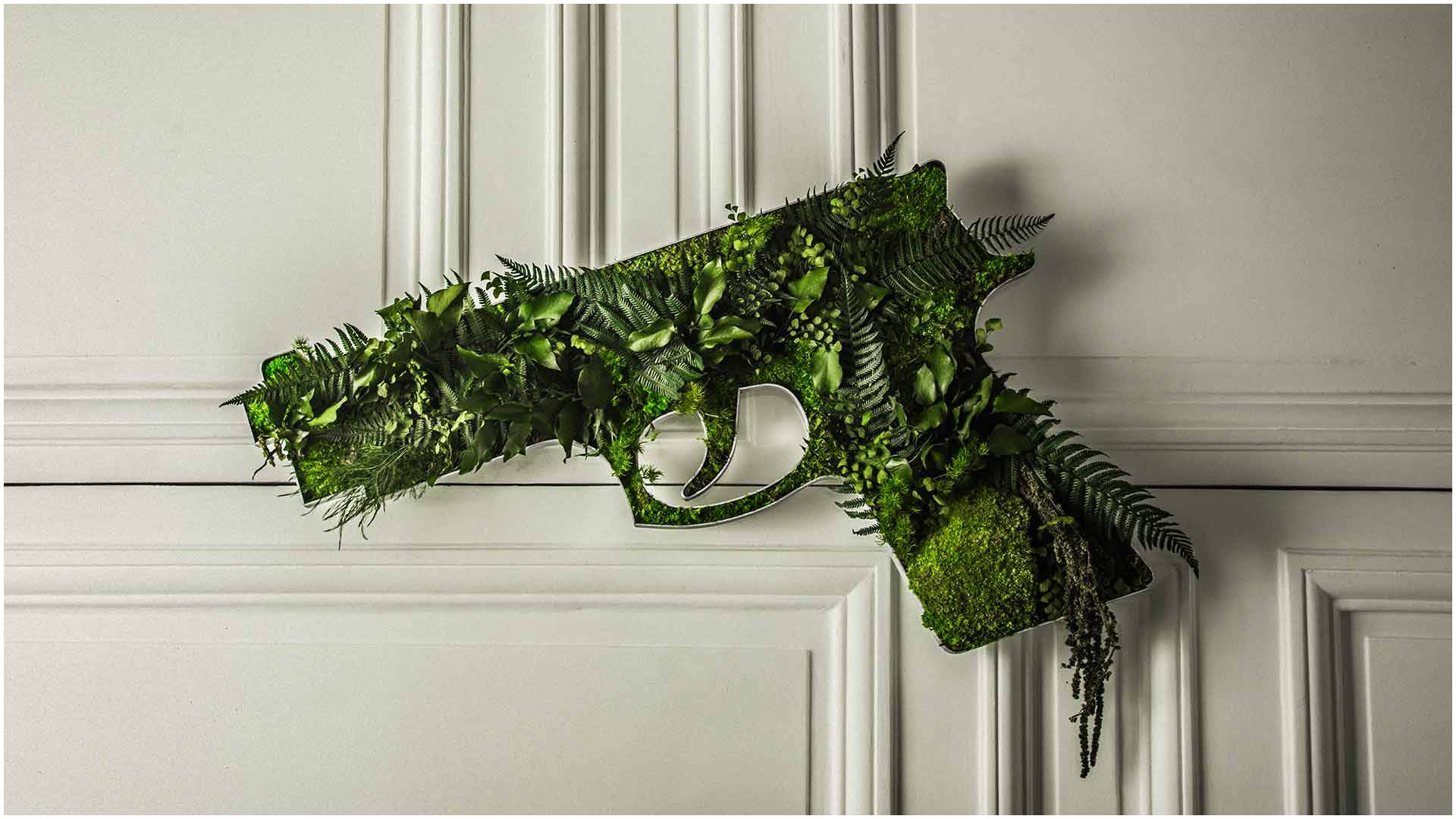 nature-typo-jungle-gun