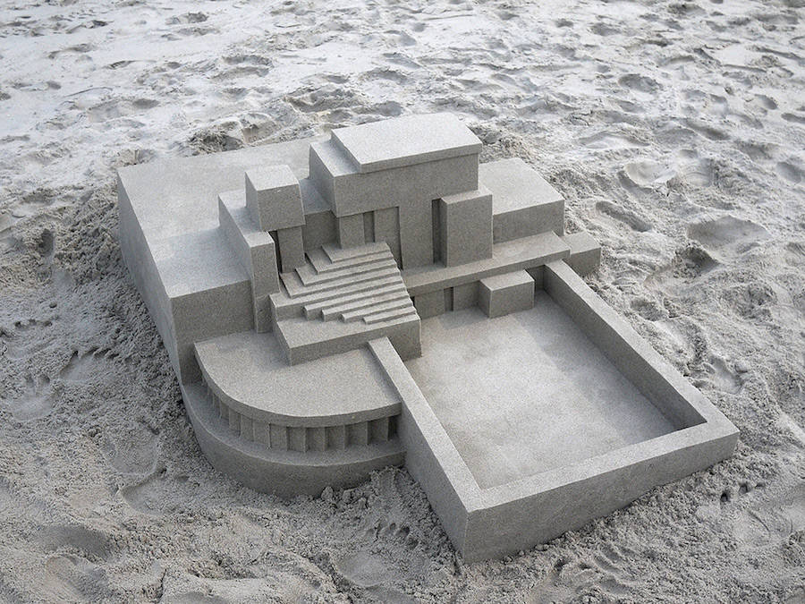 Mind-blowing-Geometric-Sandcastles-by-Calvin-Seibert-2-900x675