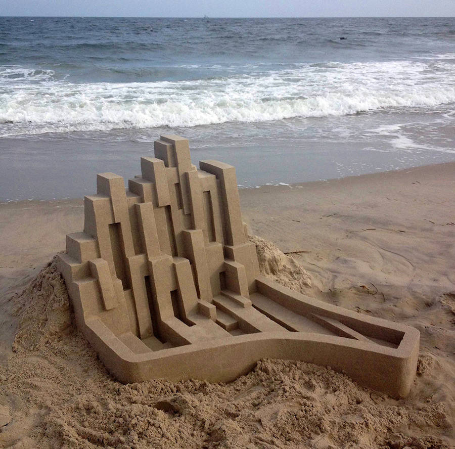 Mind-blowing-Geometric-Sandcastles-by-Calvin-Seibert-3-900x888