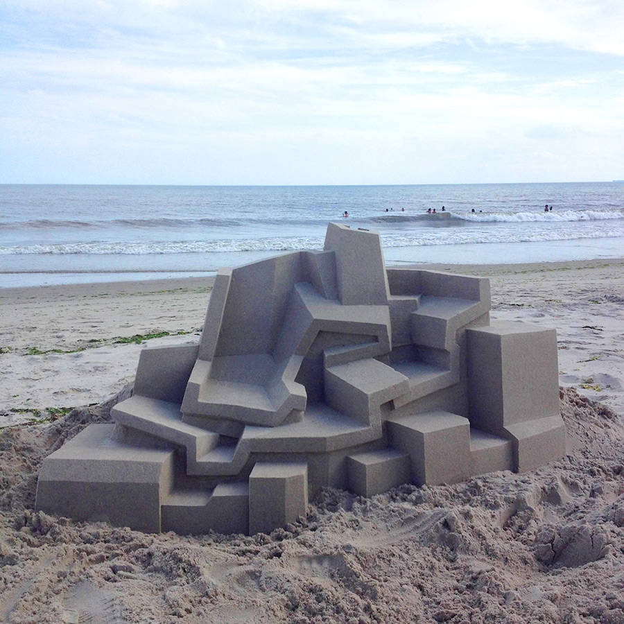 Mind-blowing-Geometric-Sandcastles-by-Calvin-Seibert-5-900x900